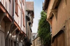 Rue Larivey