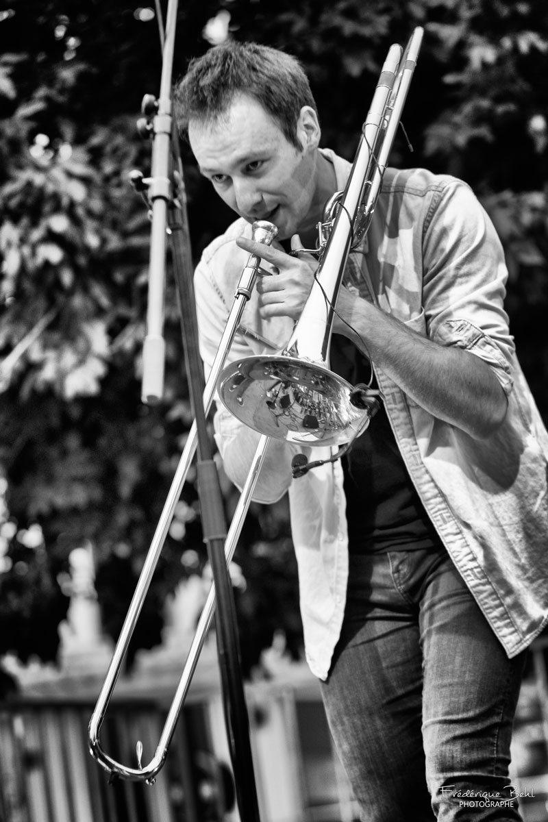 Joli Falzar dans Ville en musique-2021-07-16-7099nb